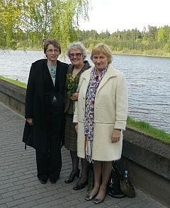 Left to right: Dr Violeta Radziuniene, Rosie Barnes, Dr Nomeda Jokubaitiene.